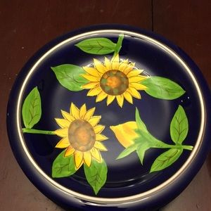 8 Gibson hand painted salad bowls. Sunflower